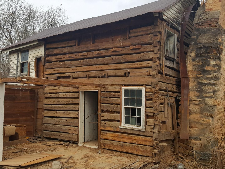 Cabins old log