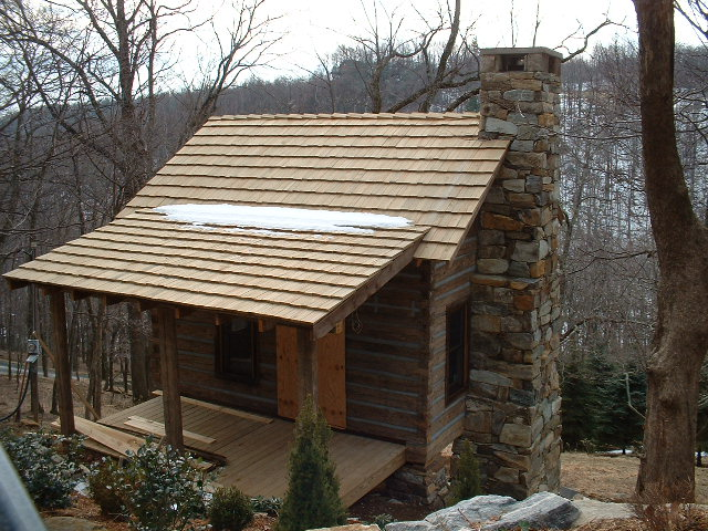 Exterior Finishes Wood Shake Shingles Were Used For The Roof A Common Finish An Alachian Style Cabin
